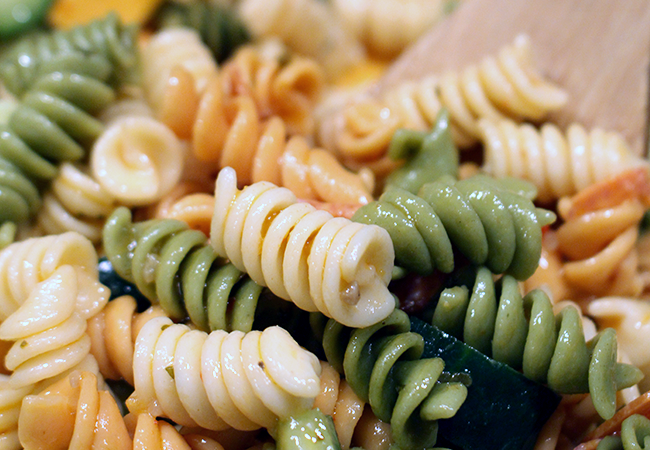 How to make pizza pasta salad