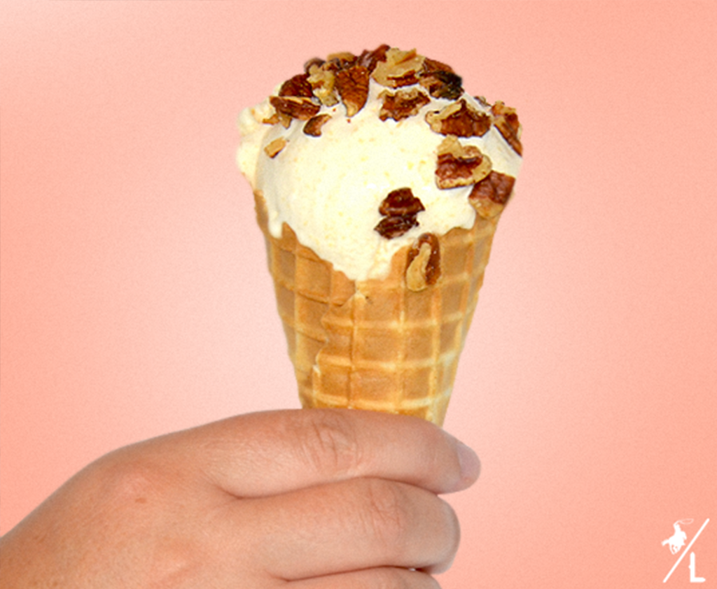 The Best Homemade Peach Ice Cream