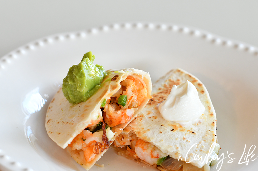 Shrimp Quesadillas | Grilled Shrimp | Low Carb Quesadilla | Keto Dinner | Seafood Dinner | Taco Tuesday #shrimpquesadillas #grilledshrimp #tacotuesday
