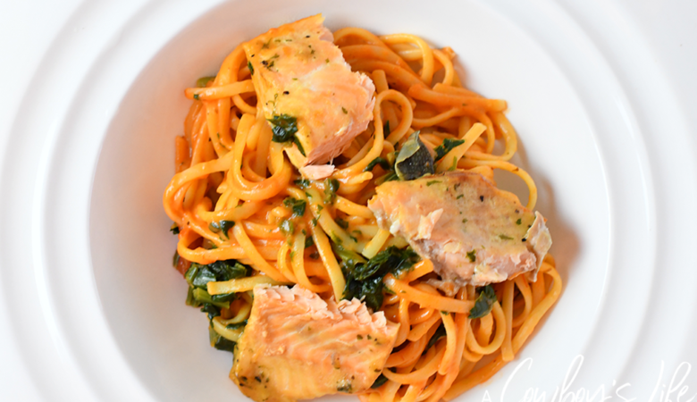 How to make Creamy Salmon Pasta with Spinach