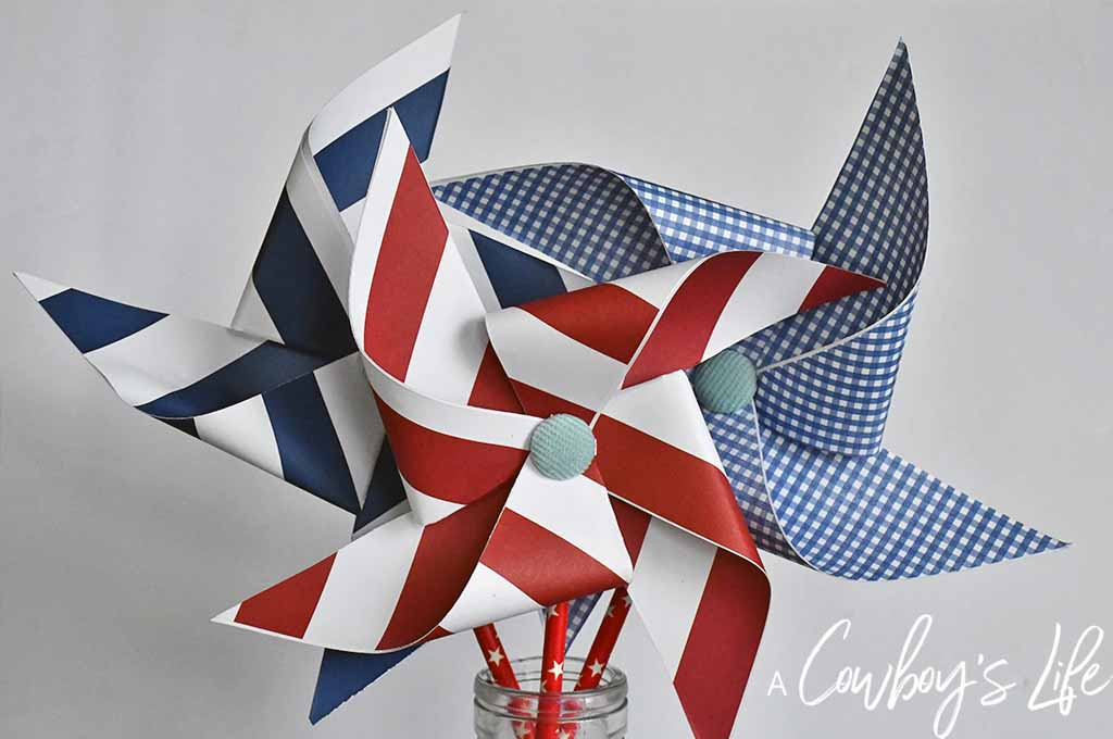Easy Patriotic Pinwheel Craft