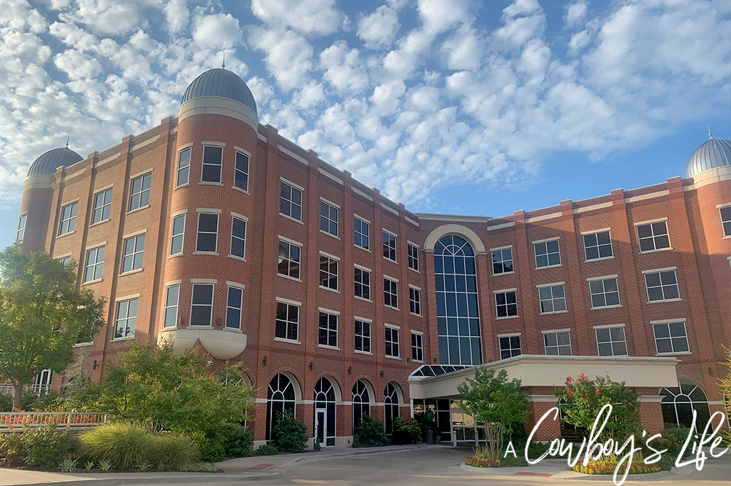 The Ultimate Guide to Sulphur, Oklahoma | Sulphur, Oklahoma | Visit Chickasaw Country | Oklahoma Vacation #visitchickasaw #myartesian #visitoklahoma