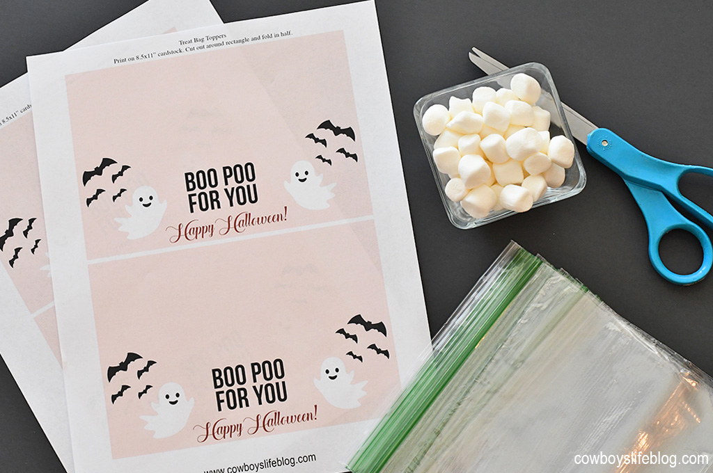 Boo Poo For You Treat Bag Topper with Free Printable | Halloween gift printable | Halloween printable | treat bags | treat bag printable #treatbag #halloweenprintable #treatbagtopper