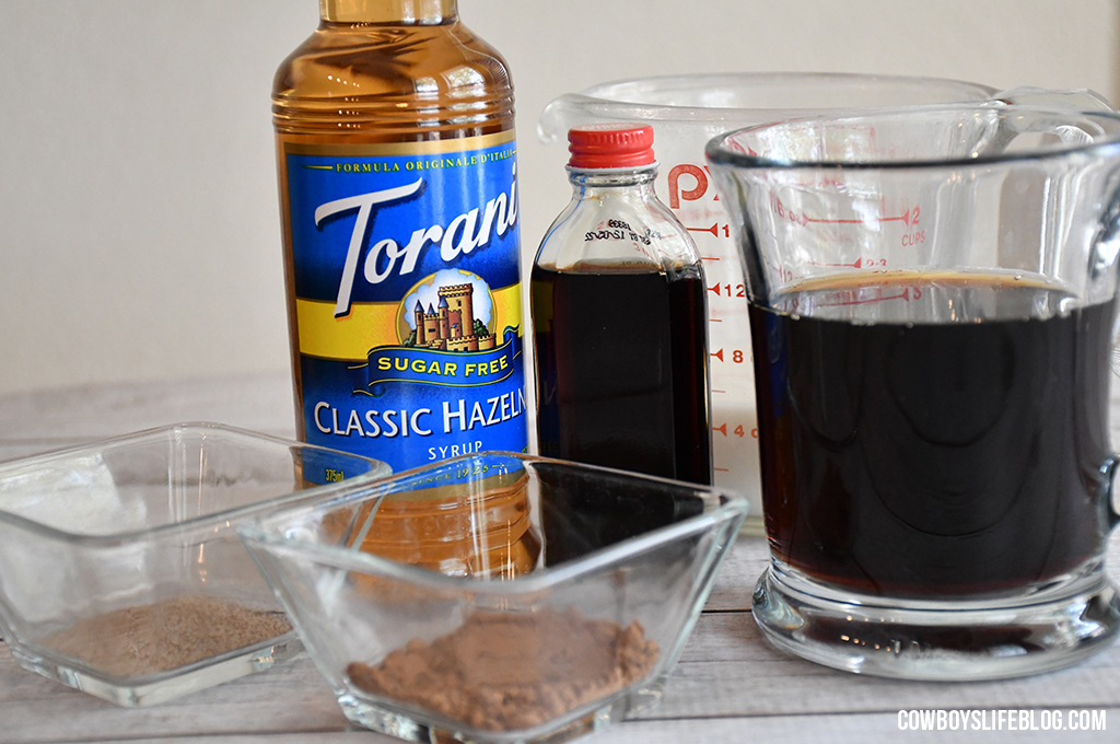 How to Make Chocolate Hazelnut Latte