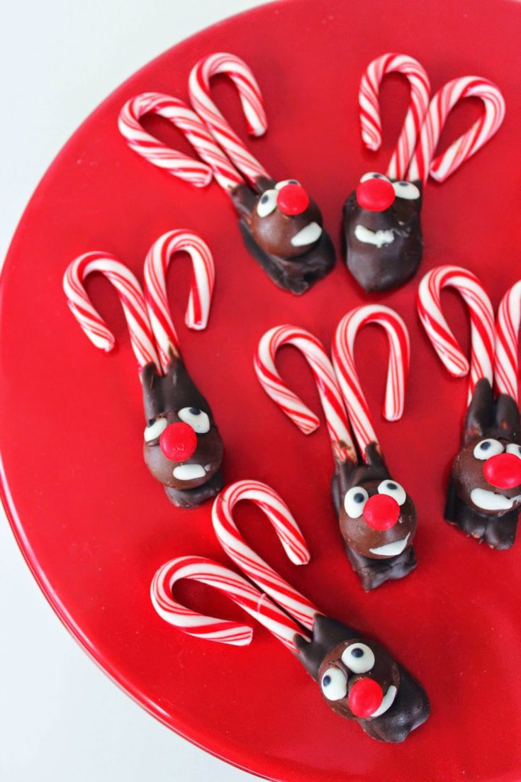 Fun and Easy Candy Cane Reindeer Christmas Recipe