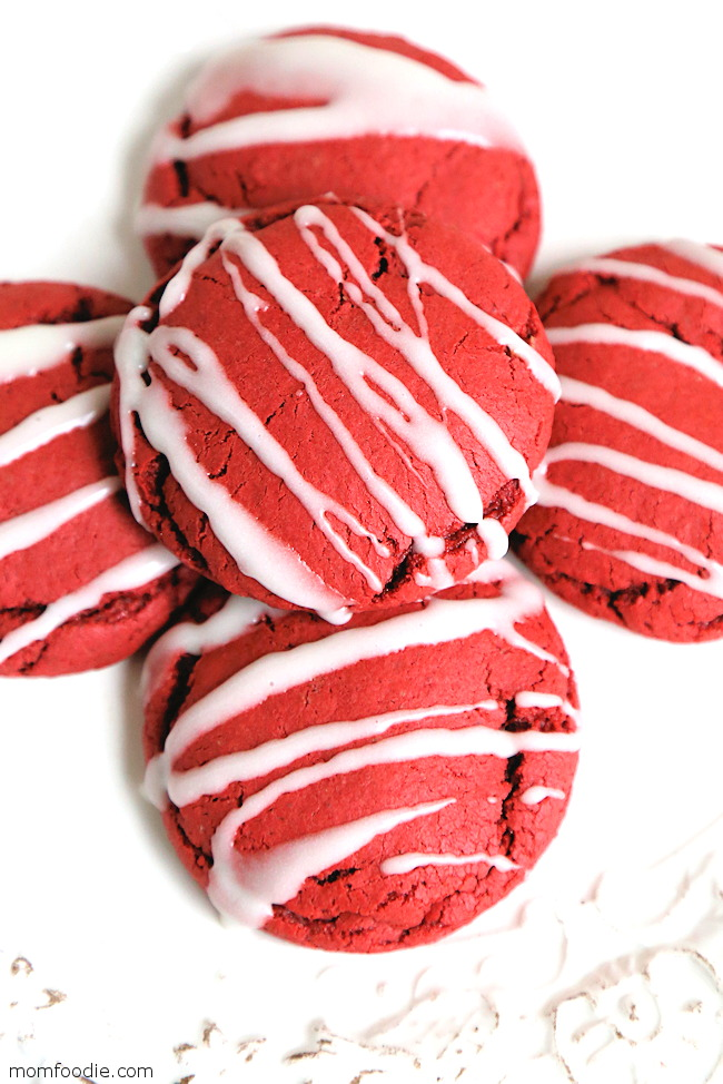 Red Velvet Cake Mix Cookies - Easy Holiday Cookies!