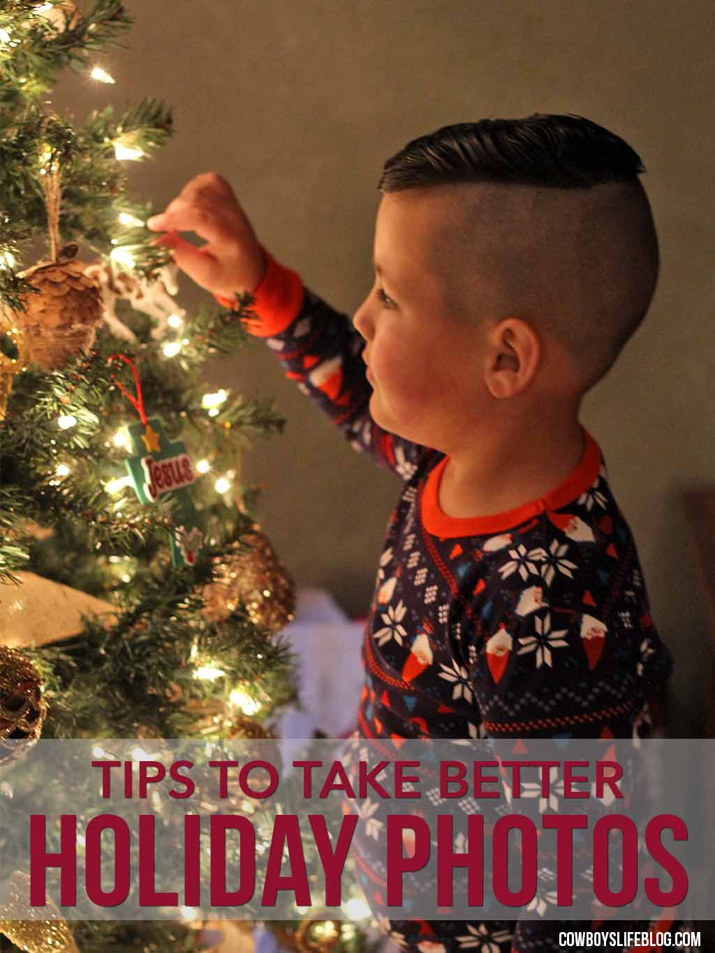 How to take pictures by the Christmas Tree