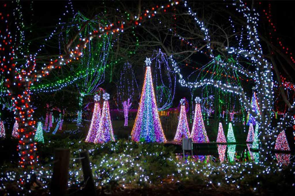 Best Christmas Light Displays in Ohio